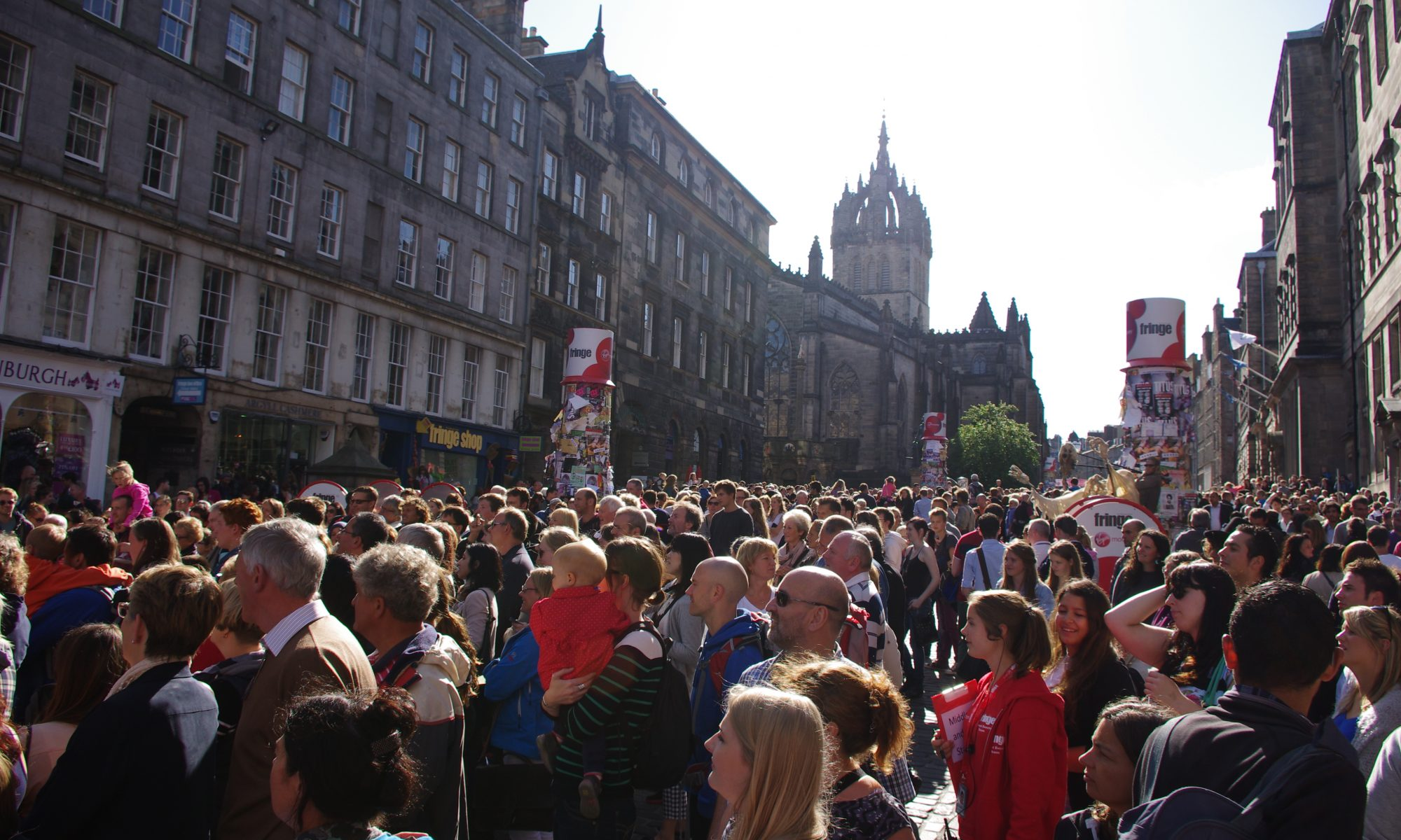 Cultural tourists at the heart of Edinburgh
